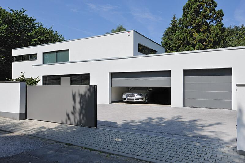 Motorisation automatisme portail porte de garage